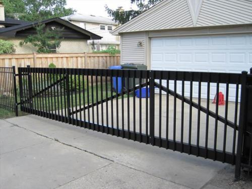 Aluminum Cantilever Gate for Driveway