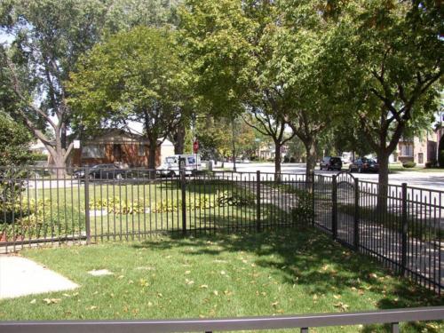 Conqueror Style Aluminum Fence