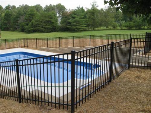 Majestic Aluminum Pool Fence